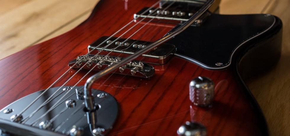 Gordon Smith Guitars GS Offset Facebook