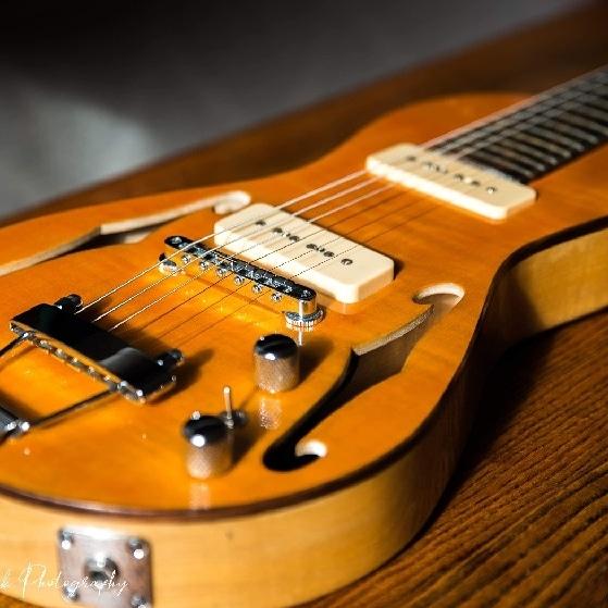 Loxley Custom Guitars Hobo model travel guitar