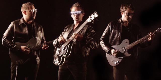 Jamie Davis, Matt Bellamy and Graham Coxon - Jaded Hearts Club Band all with their Mansons
