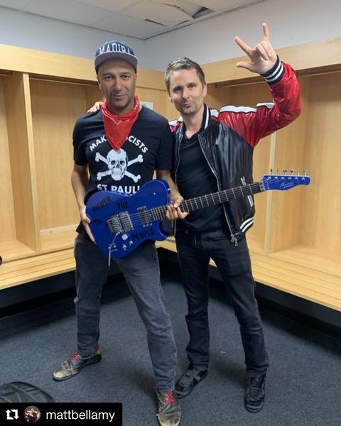 Matt Bellamy and Tom Morrello with his Manson Floyd custom Matt gave him as a gift