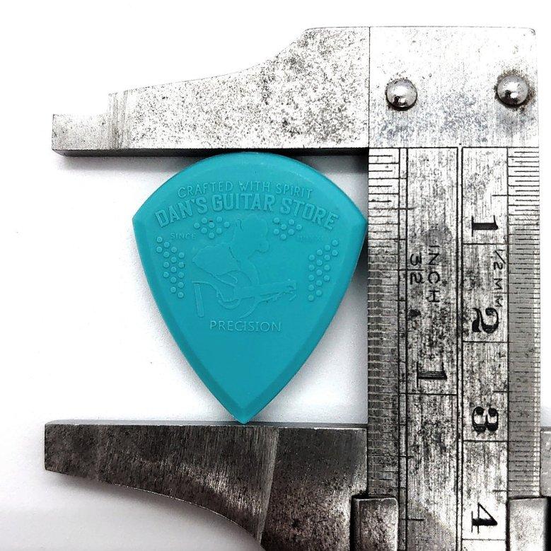 Dan's Guitar Store Precision Pick